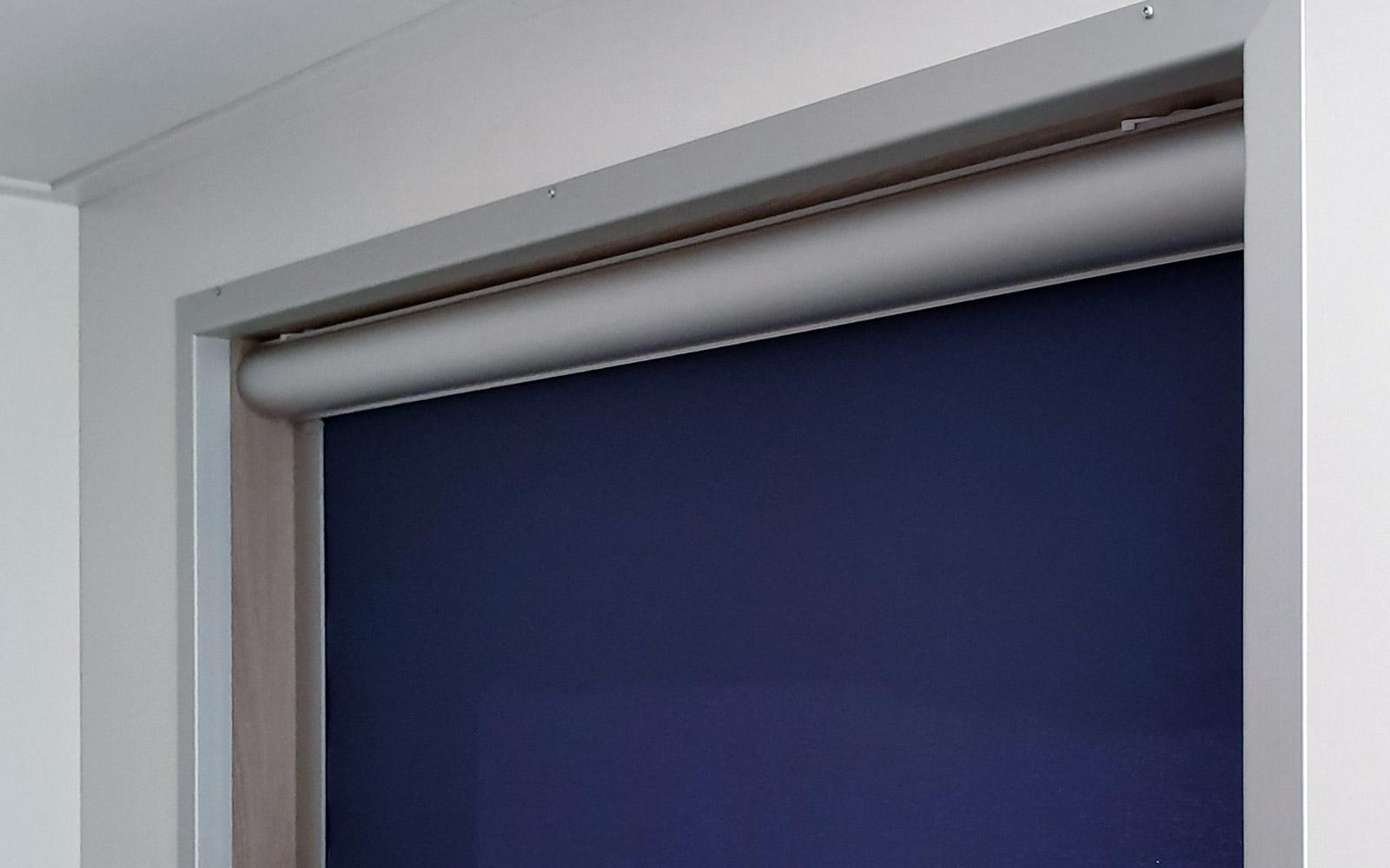 Verduisteringsscherm blauw